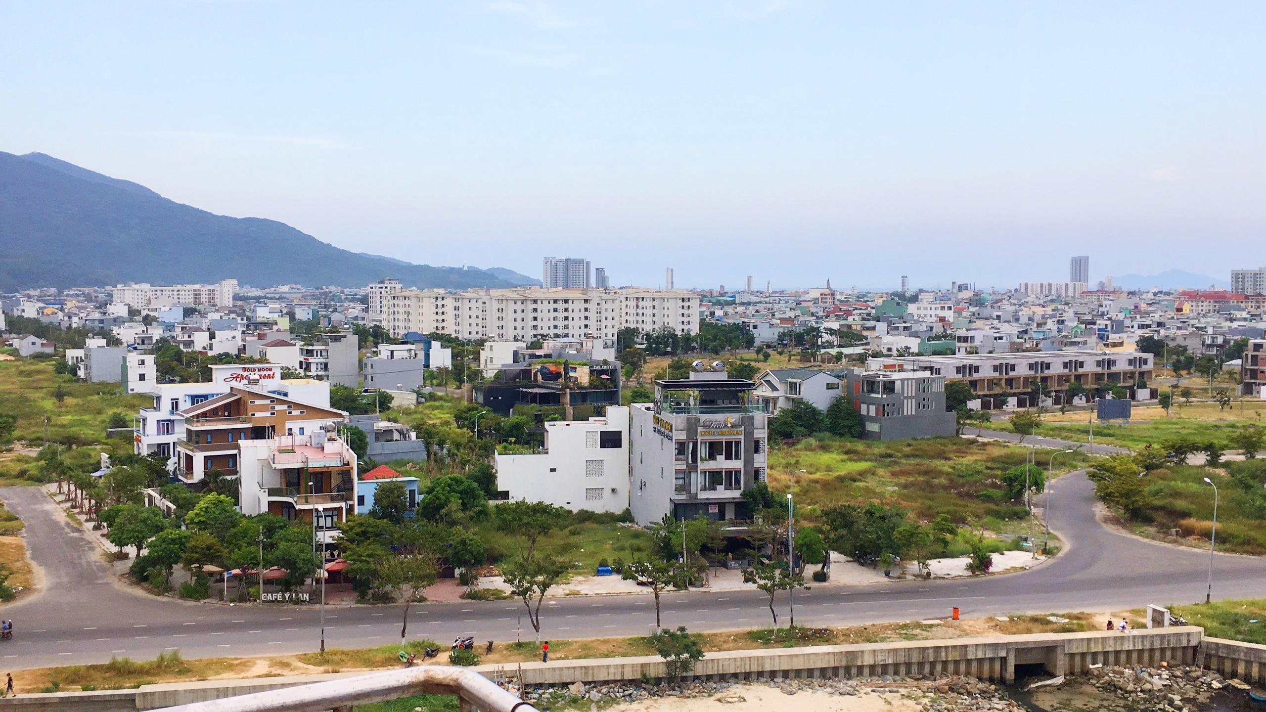 Thị trường BĐS Đà Nẵng 'xẹp' sau cơn sóng sốt giá đất - Ảnh 4.