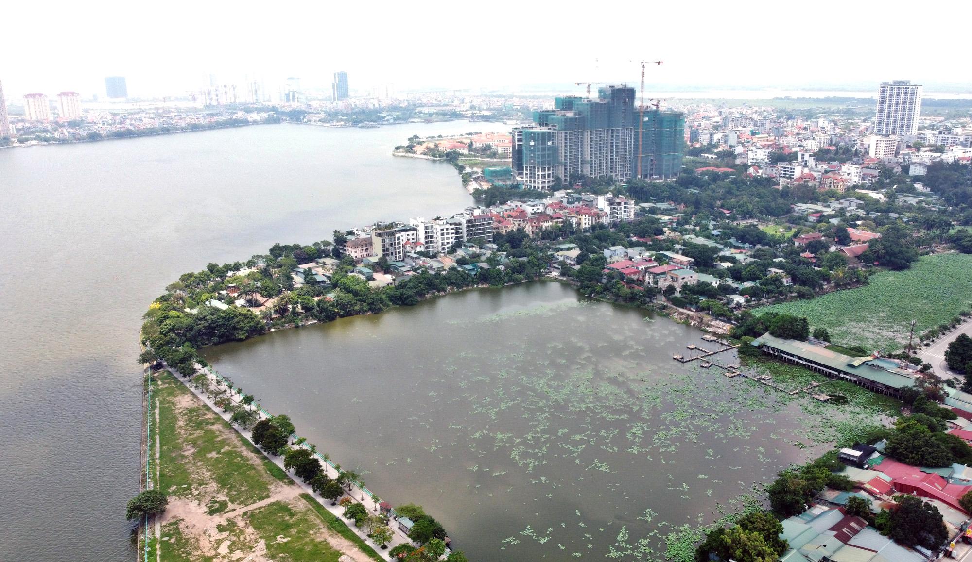 Cận cảnh những 'bán đảo' ngay giữa trung tâm Hà Nội - Ảnh 25.