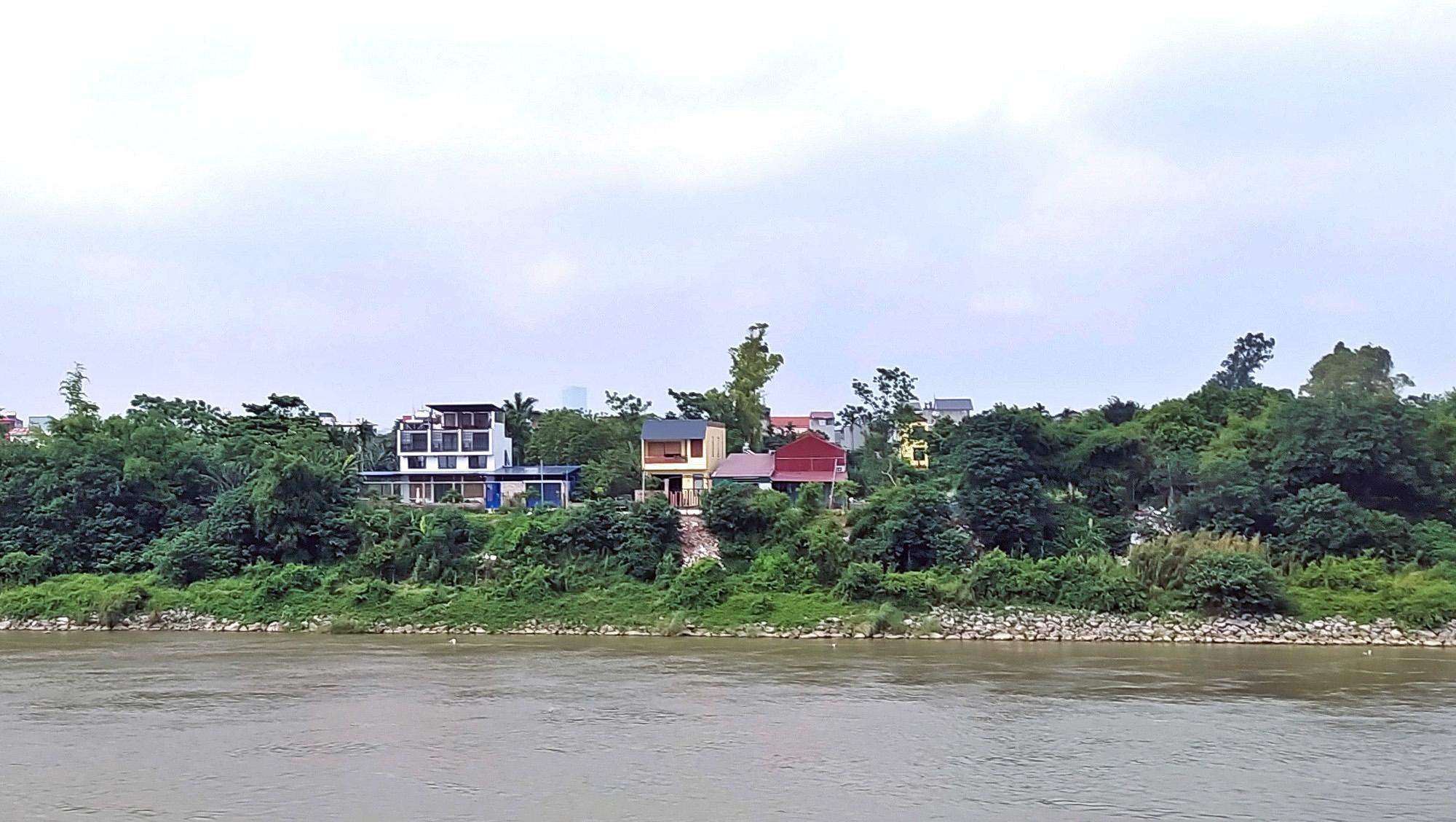 Cận cảnh những 'bán đảo' ngay giữa trung tâm Hà Nội - Ảnh 9.