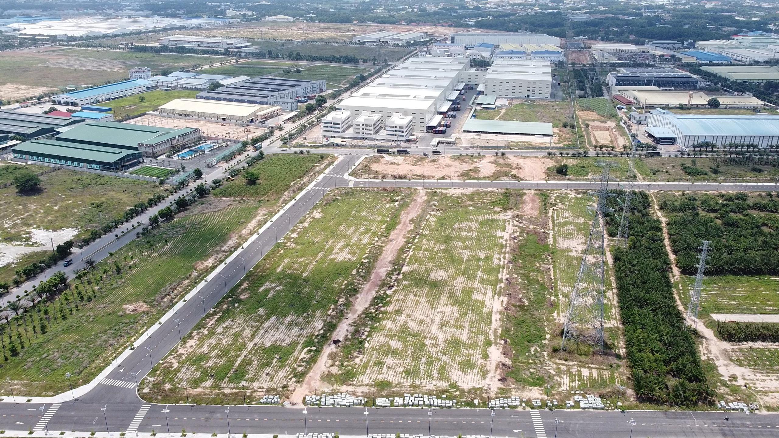 Cận cảnh 4 khu đất khoảng 1.000 tỷ ông Dũng 'lò vôi' tặng quỹ phòng chống COVID-19 - Ảnh 6.