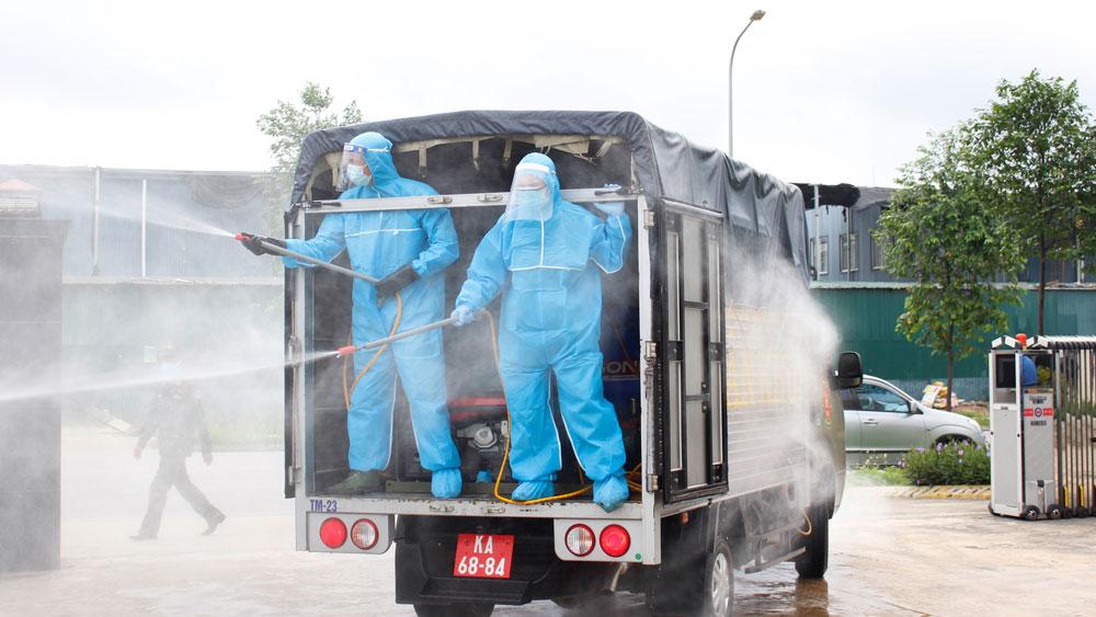 Các khu công nghiệp ở Bắc Giang: Dồn sức chống dịch, không để lao động ngoại tỉnh về quê - Ảnh 1.