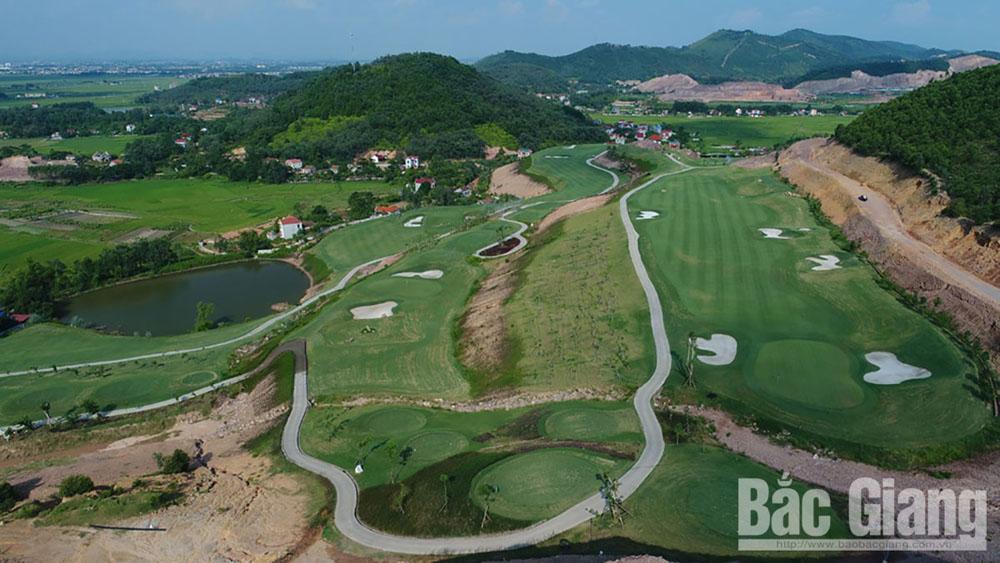 Bắc Giang đẩy nhanh tiến độ loạt dự án giao thông trọng điểm, sân golf quy mô lớn - Ảnh 1.