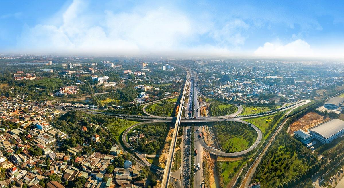 13 dự án hạ tầng góp phần thay đổi diện mạo Đồng Nai trong hai năm qua - Ảnh 1.