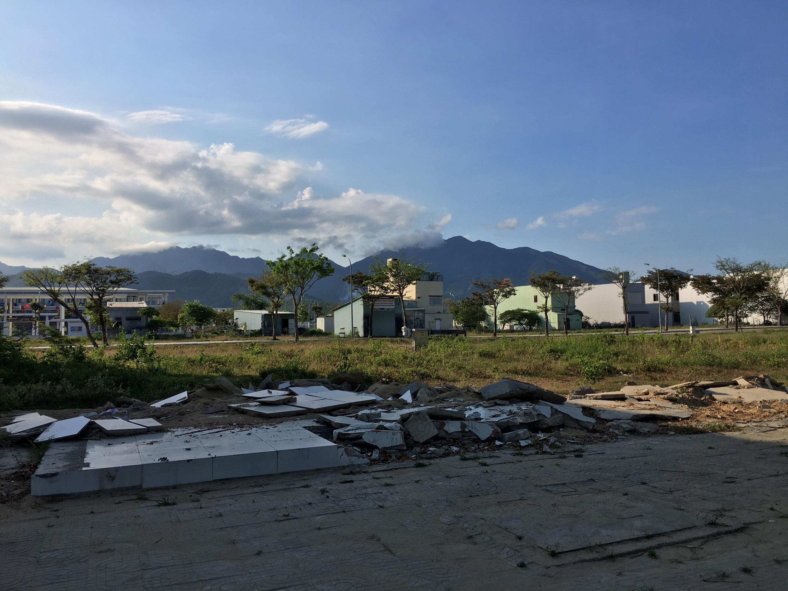 Trở lại nơi sốt đất ở Đà Nẵng, ki ốt bị dẹp hàng loạt, các dự án không bóng người - Ảnh 4.