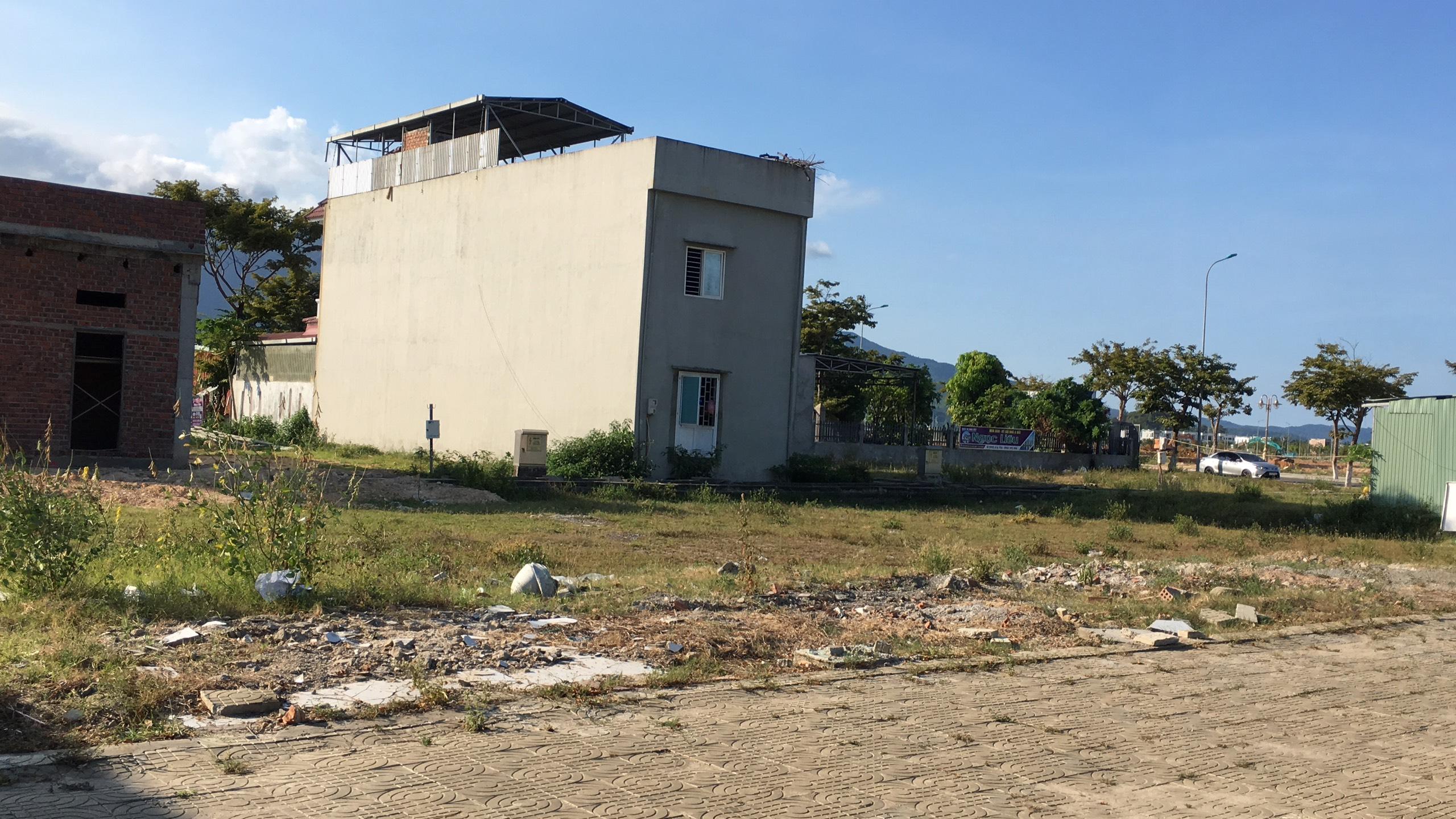 Trở lại nơi sốt đất ở Đà Nẵng, ki ốt bị dẹp hàng loạt, các dự án không bóng người - Ảnh 10.