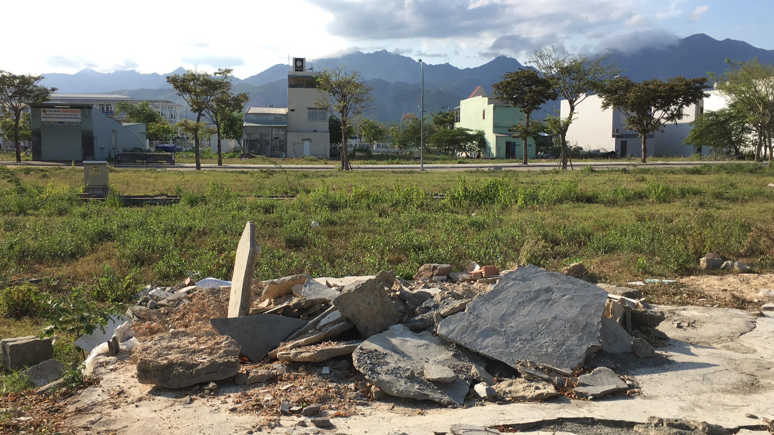 Trở lại nơi sốt đất ở Đà Nẵng, ki ốt bị dẹp hàng loạt, các dự án không bóng người - Ảnh 6.