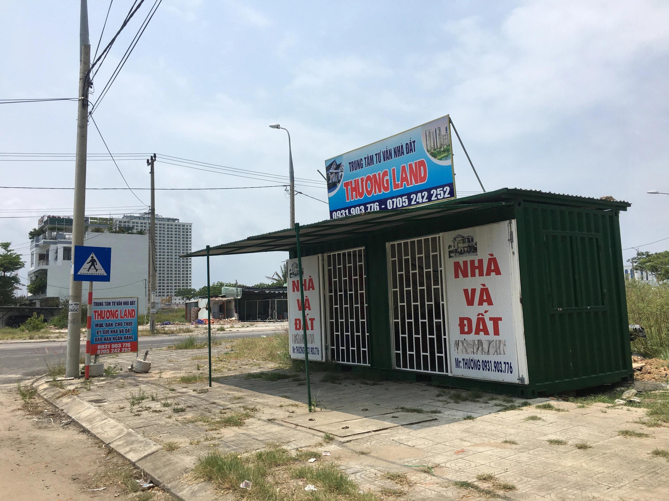 Trở lại nơi sốt đất ở Đà Nẵng, hàng loạt ki ốt bị dẹp bỏ, các dự án không bóng người - Ảnh 2.