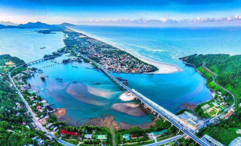 Thừa Thiên Huế duyệt quy hoạch hơn 790 ha đất phát triển đô thị du lịch, sinh thái biển tại Phú Lộc - Ảnh 1.