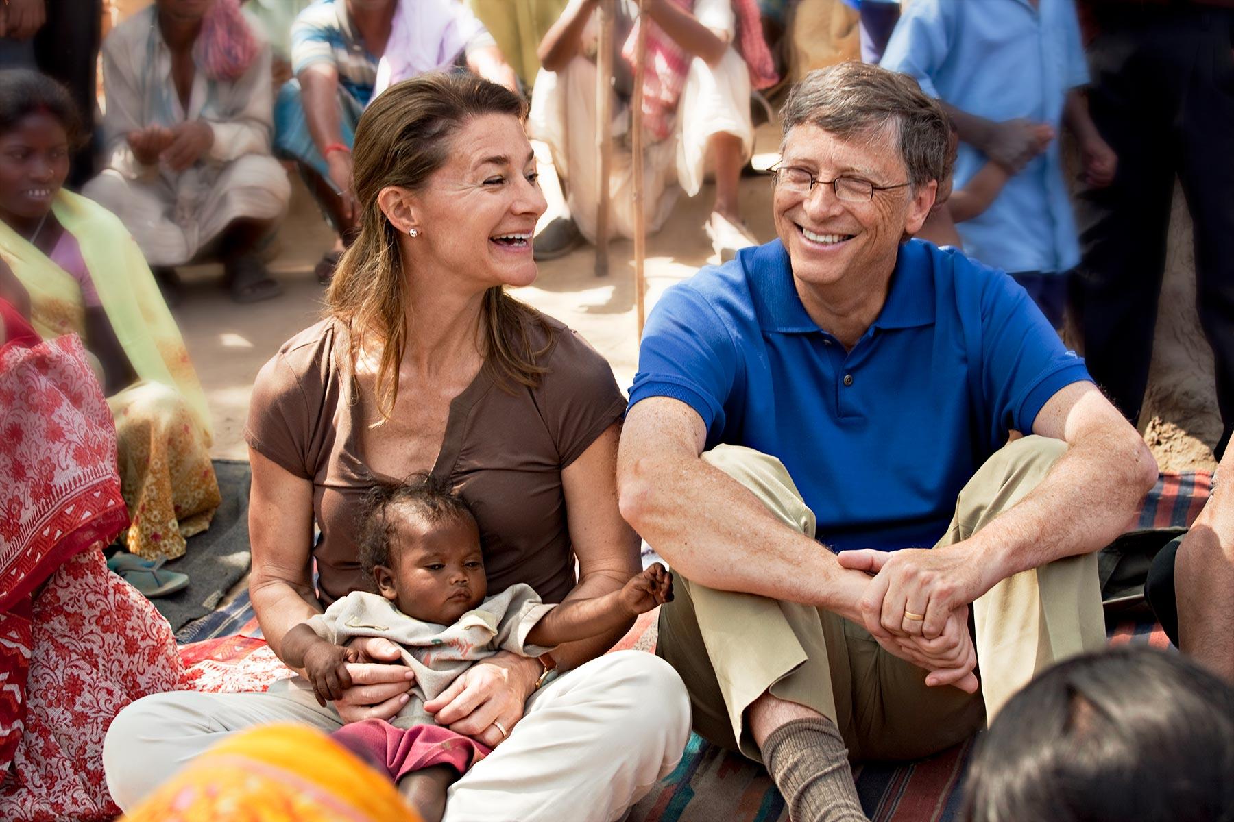 Vợ chồng Bill Gates ly hôn sau 27 năm gắn bó - Ảnh 1.