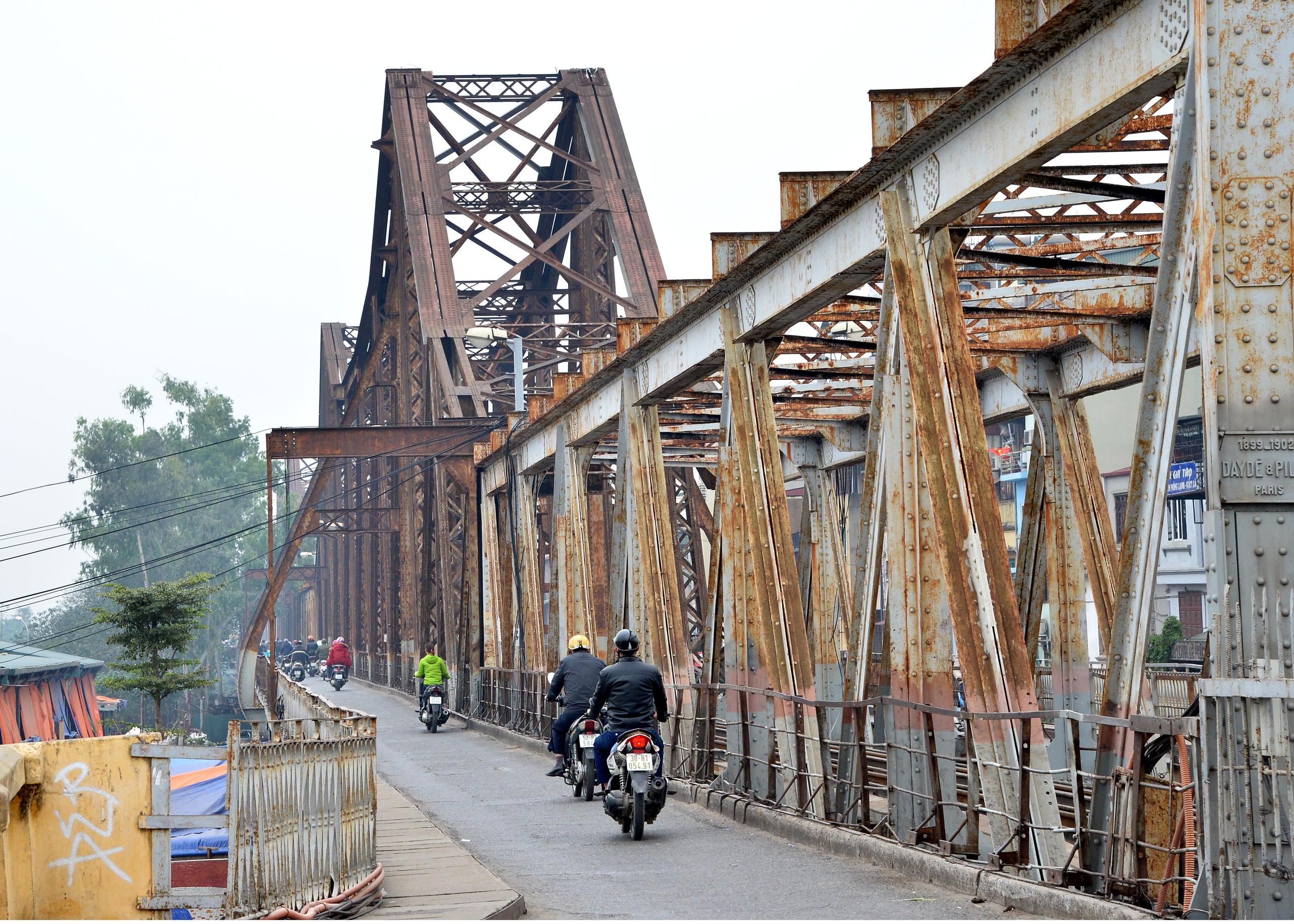 Bộ Giao thông Vận tải sẽ ưu tiên kinh phí duy tu, sửa chữa cầu Long Biên - Ảnh 1.