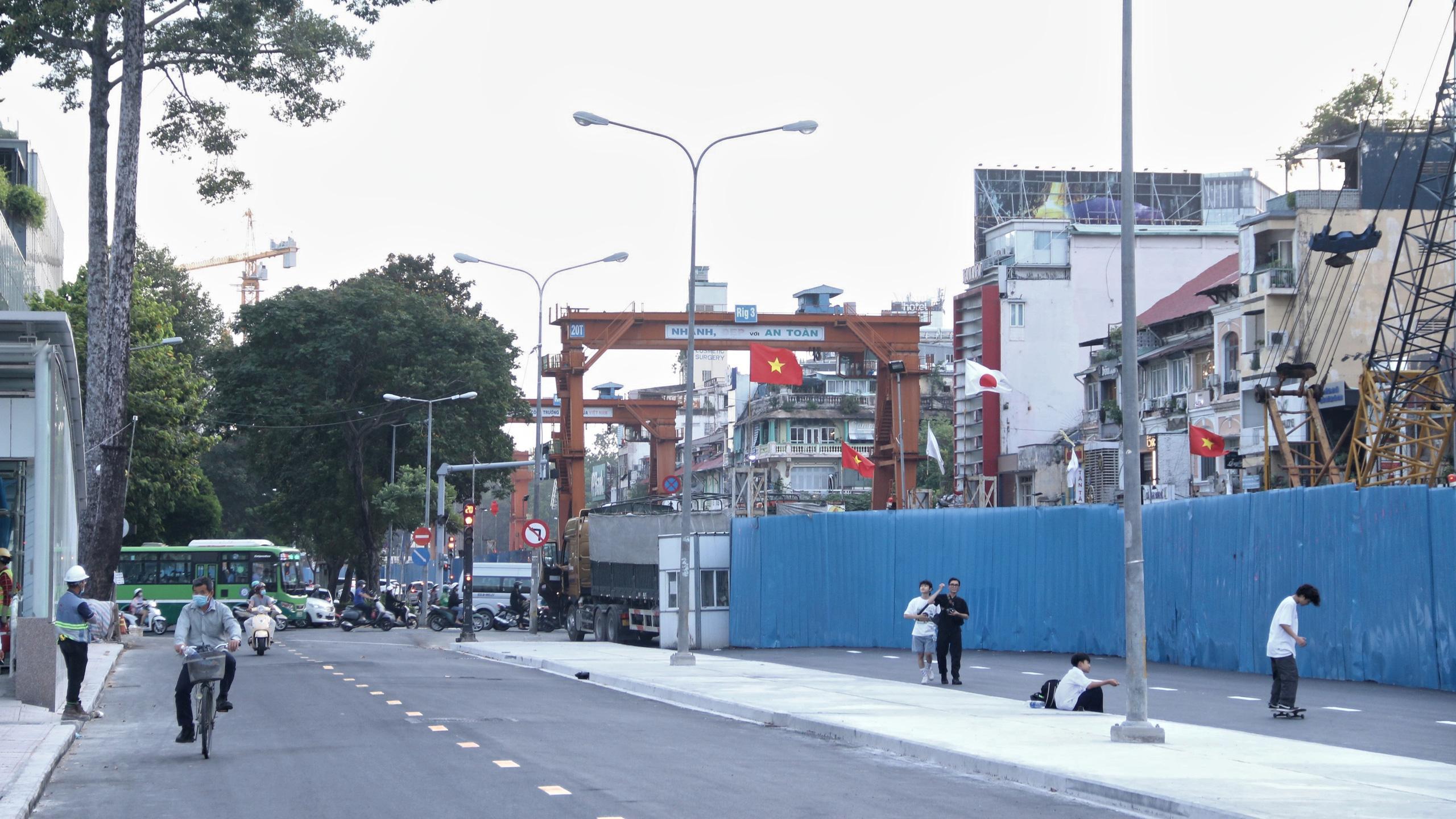 Trung tâm Sài Gòn thoáng đãng sau khi hai con đường được thông tuyến - Ảnh 8.