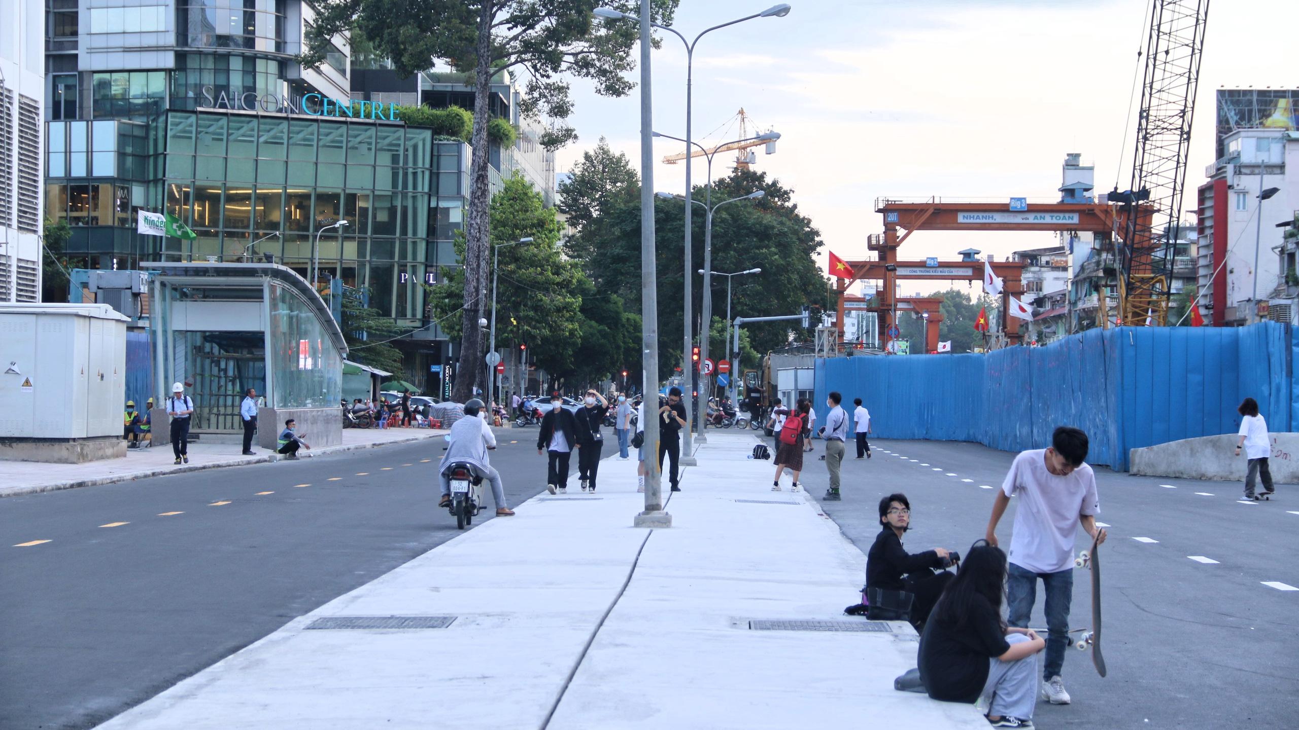 Trung tâm Sài Gòn thoáng đãng sau khi thông tuyến đường Nguyễn Hữu Cảnh và Lê Lợi - Ảnh 9.