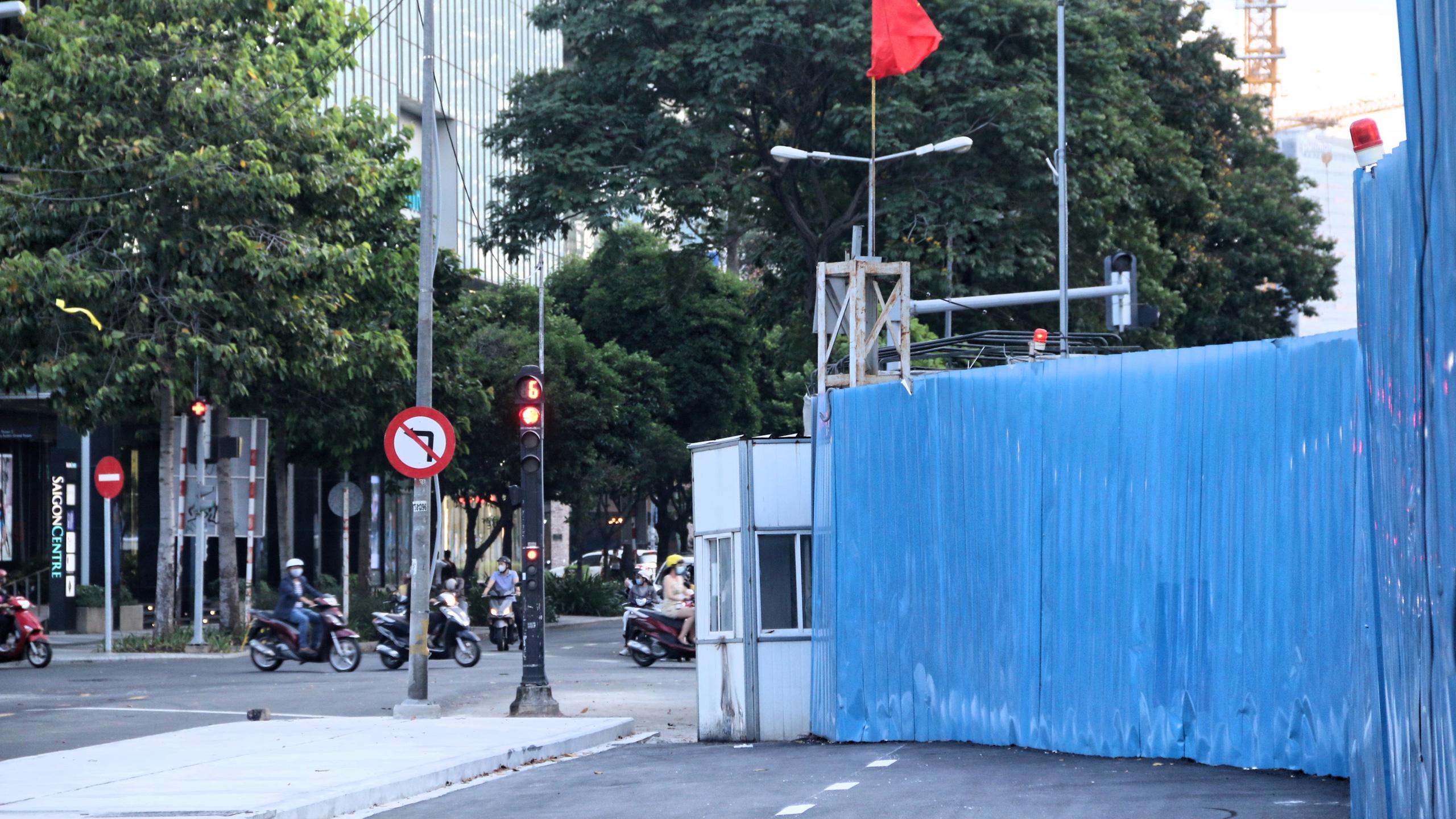 Trung tâm Sài Gòn thoáng đãng sau khi hai con đường được thông tuyến - Ảnh 12.