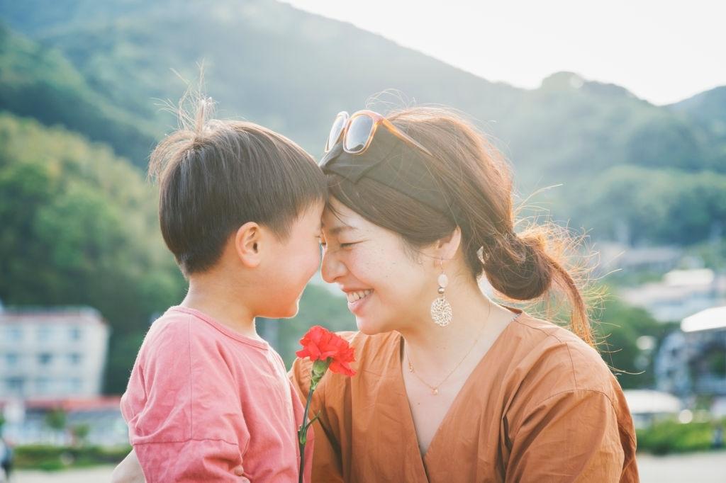 Tìm hiểu nguồn gốc và ý nghĩa Ngày của Mẹ - Ảnh 1.