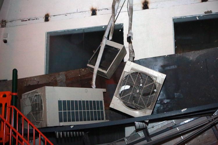 Bộ Xây dựng chấn chỉnh các chủ đầu tư sau sự cố tại tòa nhà An Bình Plaza - Ảnh 1.