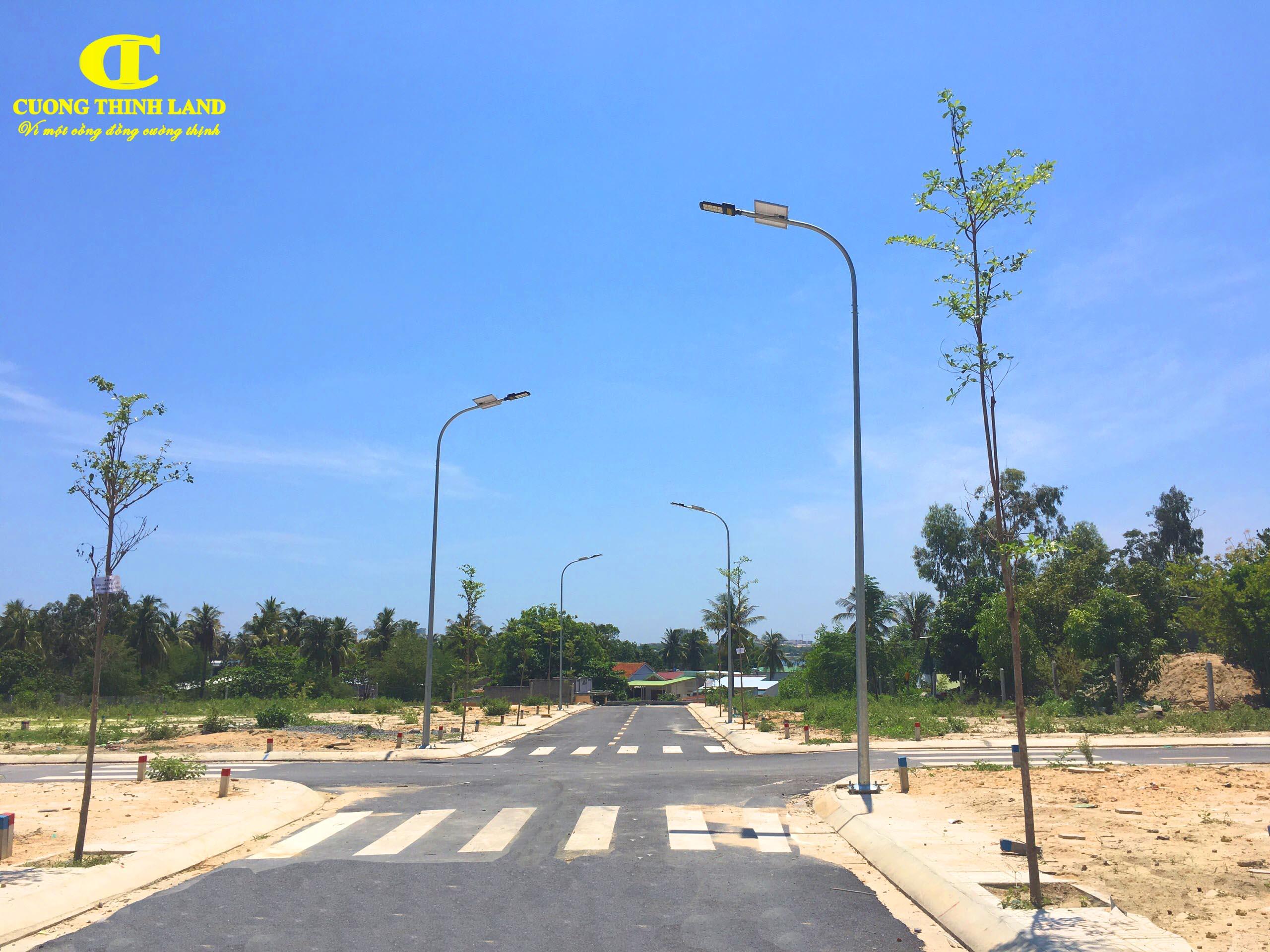 Khánh Hòa chỉ đạo khẩn để thúc đẩy thị trường bất đống sản phát triển lành mạnh tránh sốt đất - Ảnh 1.