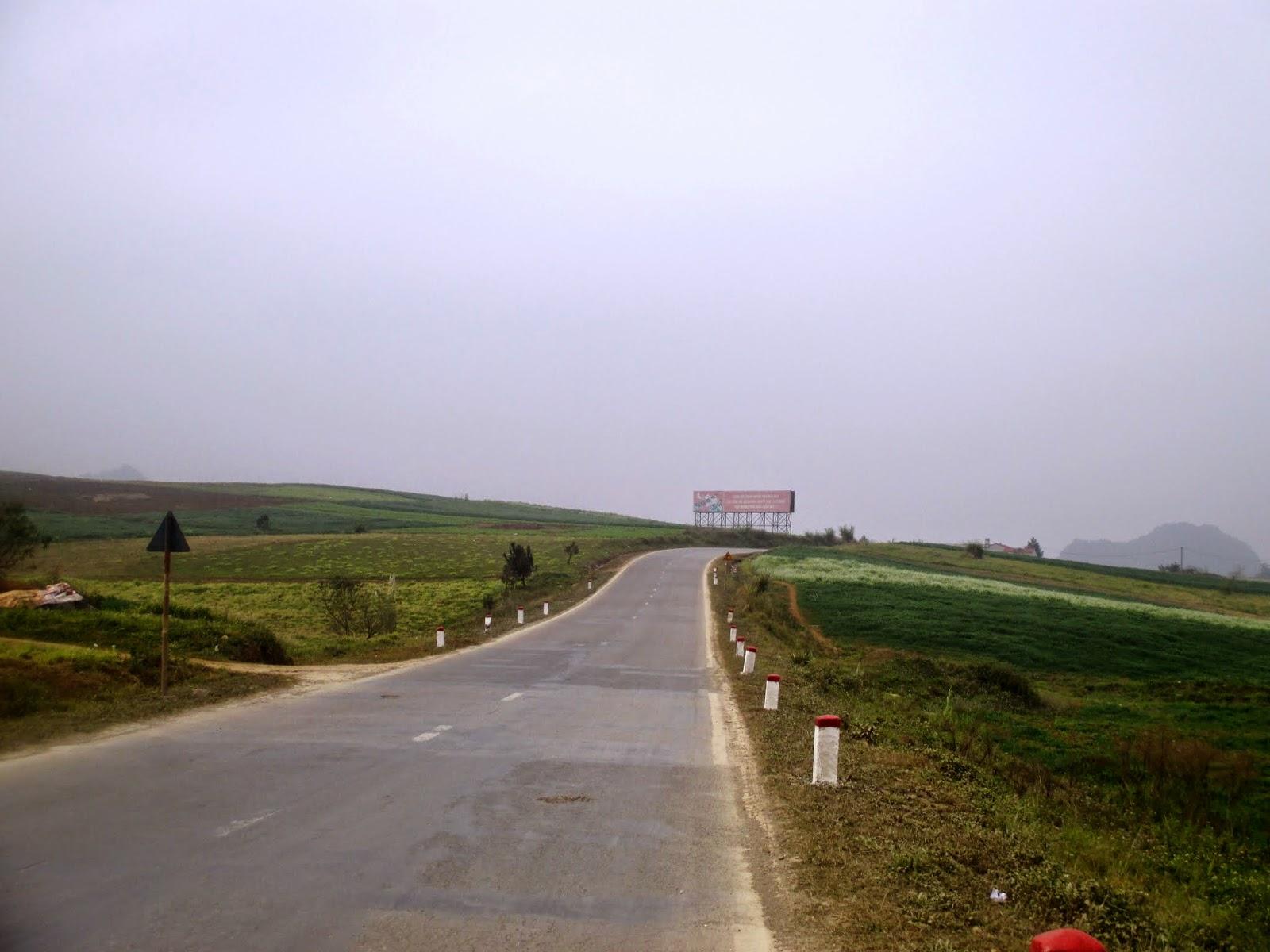 Sơn La khởi động tuyến cao tốc Hòa Bình - Mộc Châu - Ảnh 1.