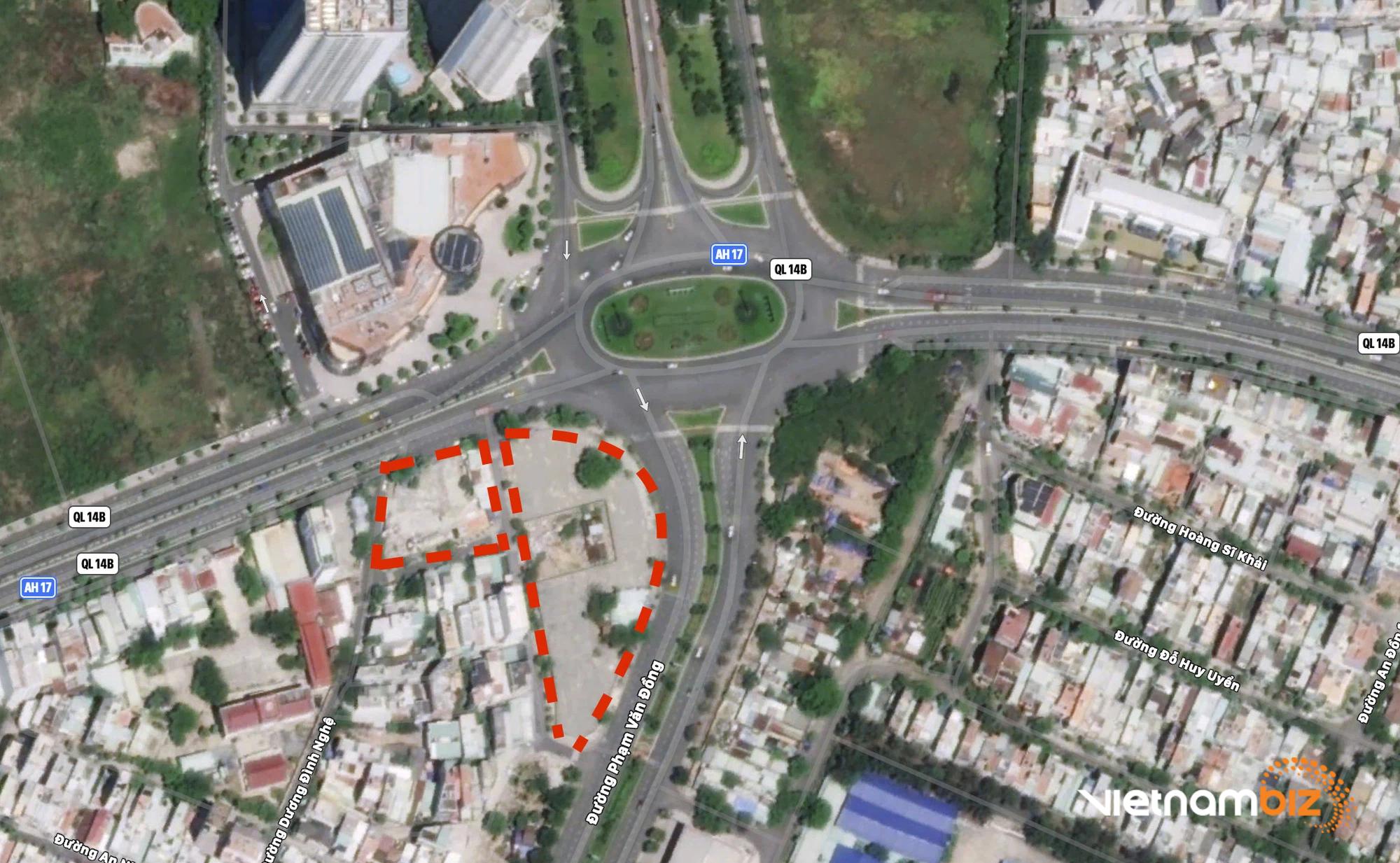 Cận cảnh hai khu đất sát Vincom Đà Nẵng sẽ đấu giá làm bãi đỗ xe - Ảnh 1.