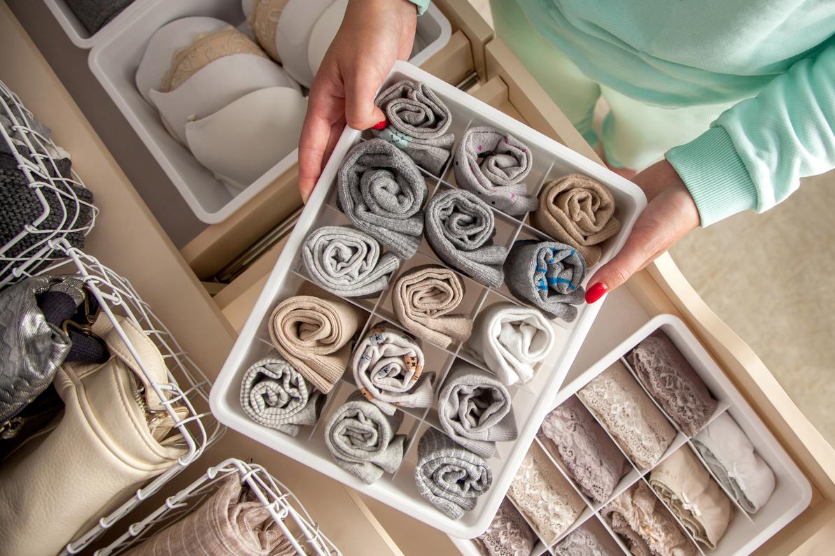 Mách bạn 5 cách sắp xếp tủ quần áo thông minh nhất - Ảnh 4.