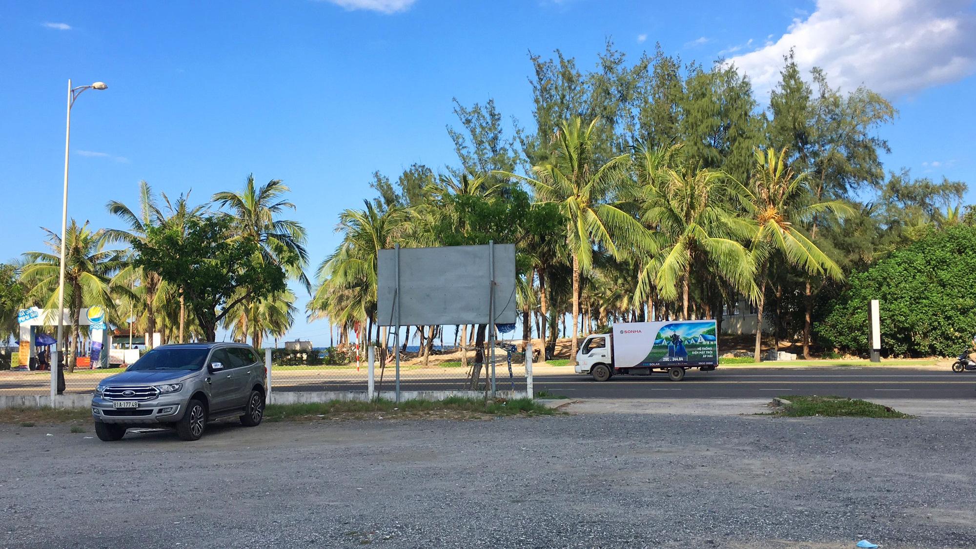 Cận cảnh hai khu đất sát bãi biển Mỹ Khê đẹp nhất Đà Nẵng sẽ đấu giá làm bãi đỗ xe - Ảnh 9.