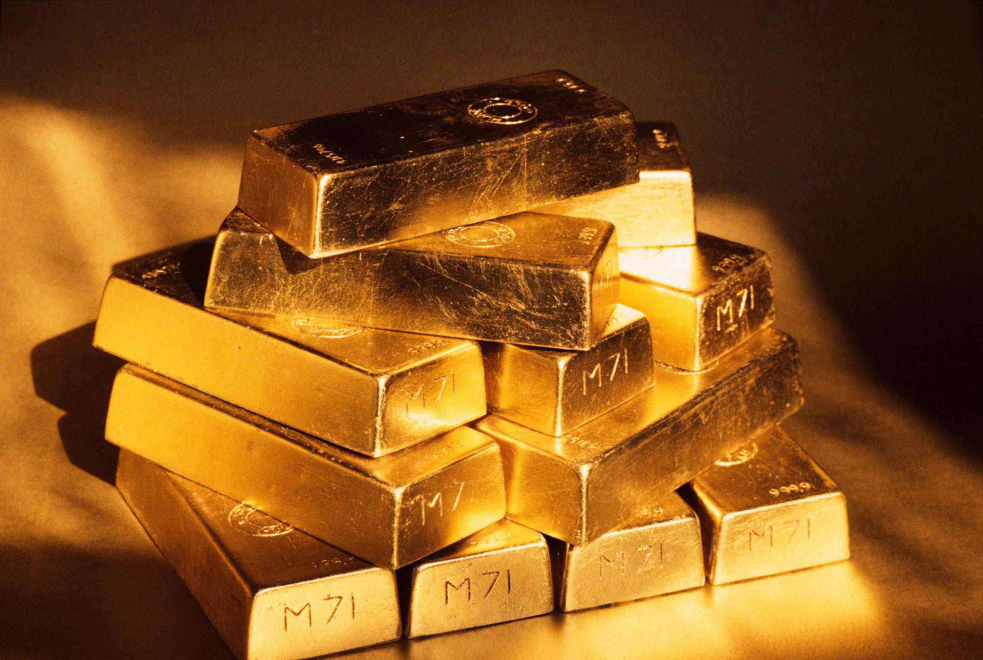Giá vàng hôm nay 21/6: Giá vàng thế giới tăng giảm trái chiều trong phiên đầu tuần - Ảnh 2.