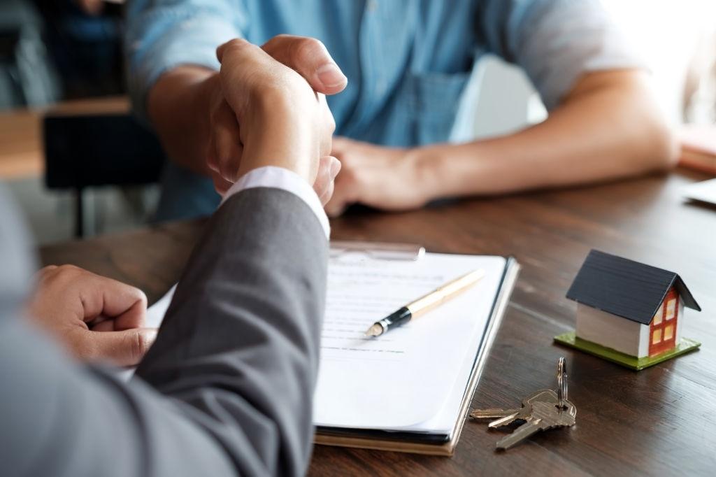 Tham khảo các mức phí bảo hiểm nhà chung cư mới nhất hiện nay - Ảnh 1.