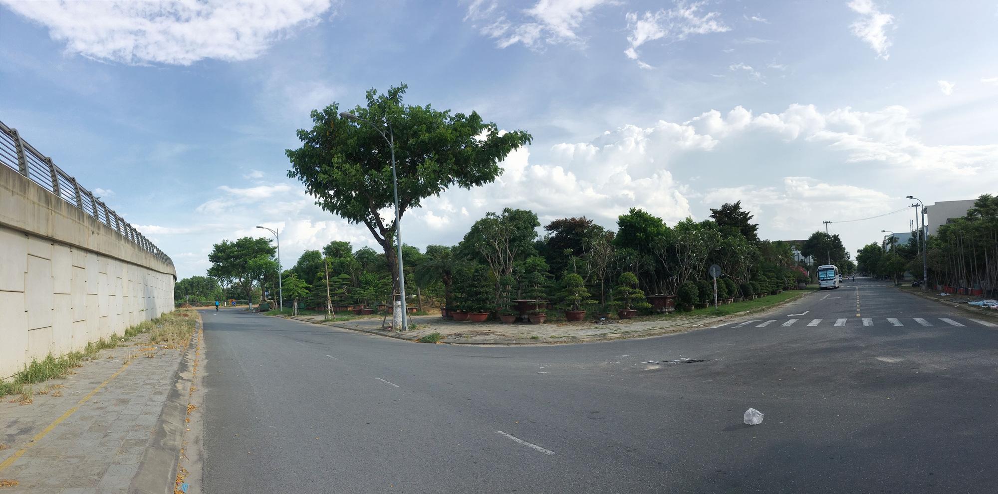 Cận cảnh hai khu đất ở quận Cẩm Lệ, Đà Nẵng sẽ đấu giá làm bãi đỗ xe - Ảnh 2.