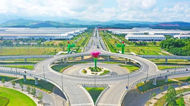 Hơn 5.700 tỷ đồng đang chảy vào 59 dự án giao thông này tại Quảng Nam năm 2021, có đường đi cảng Kỳ Hà và sân bay Chu Lai - Ảnh 2.