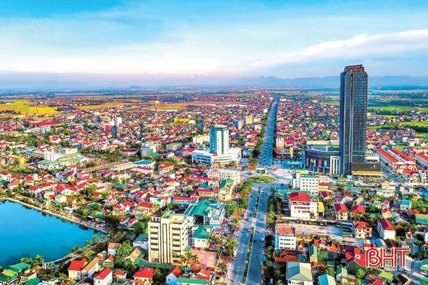 Loạt dự án nghìn tỷ đang xúc tiến đầu tư tại Hà Tĩnh gọi tên FLC, T&T, Crystal Bay,... - Ảnh 1.