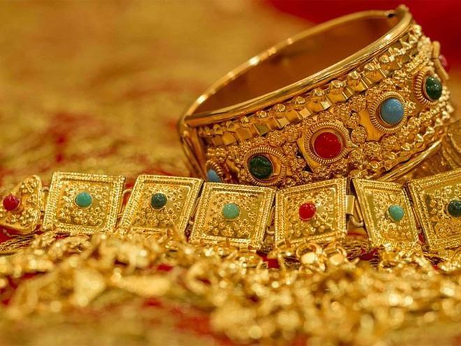Giá vàng hôm nay 5/6: Vàng quay đầu tăng mạnh trở lại - Ảnh 2.