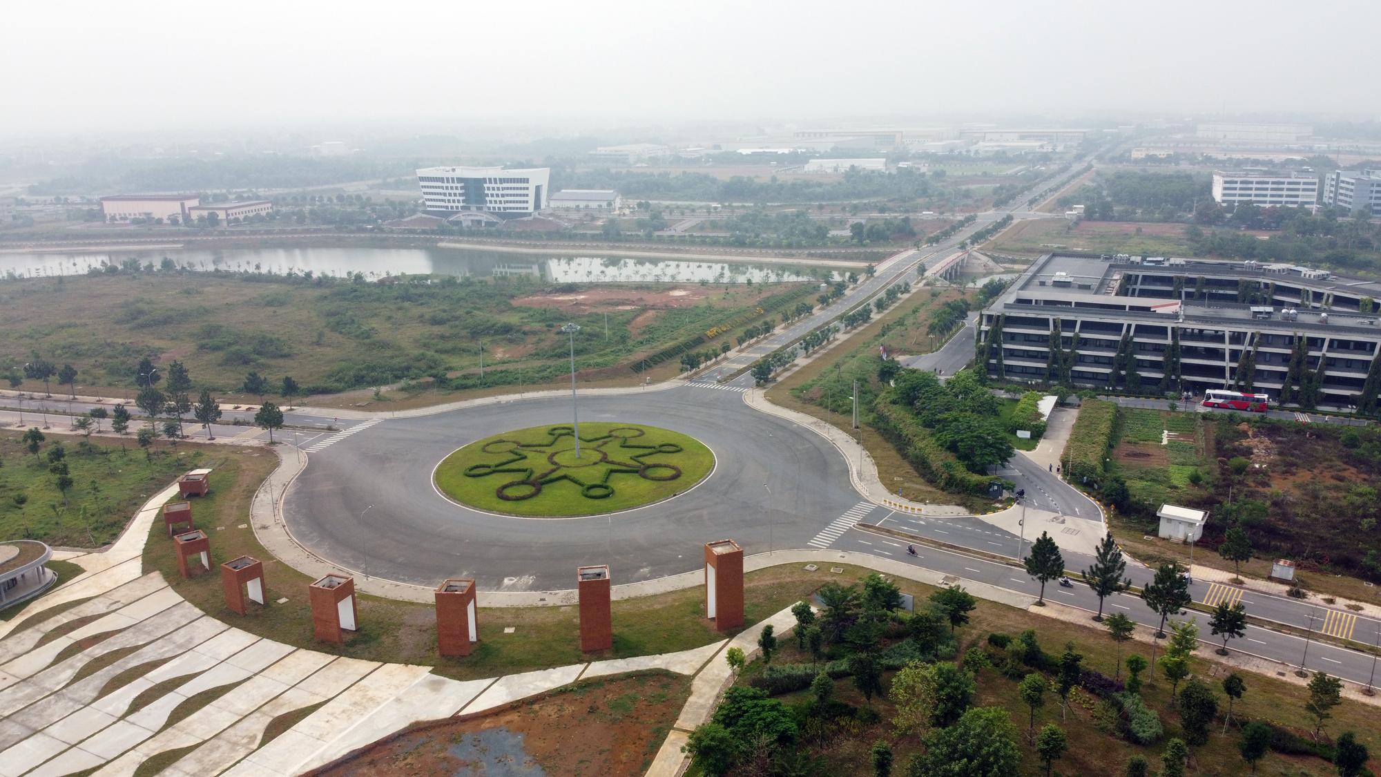 Siêu đô thị Hòa Lạc chưa hình thành, giá đất đã tăng chóng mặt - Ảnh 1.