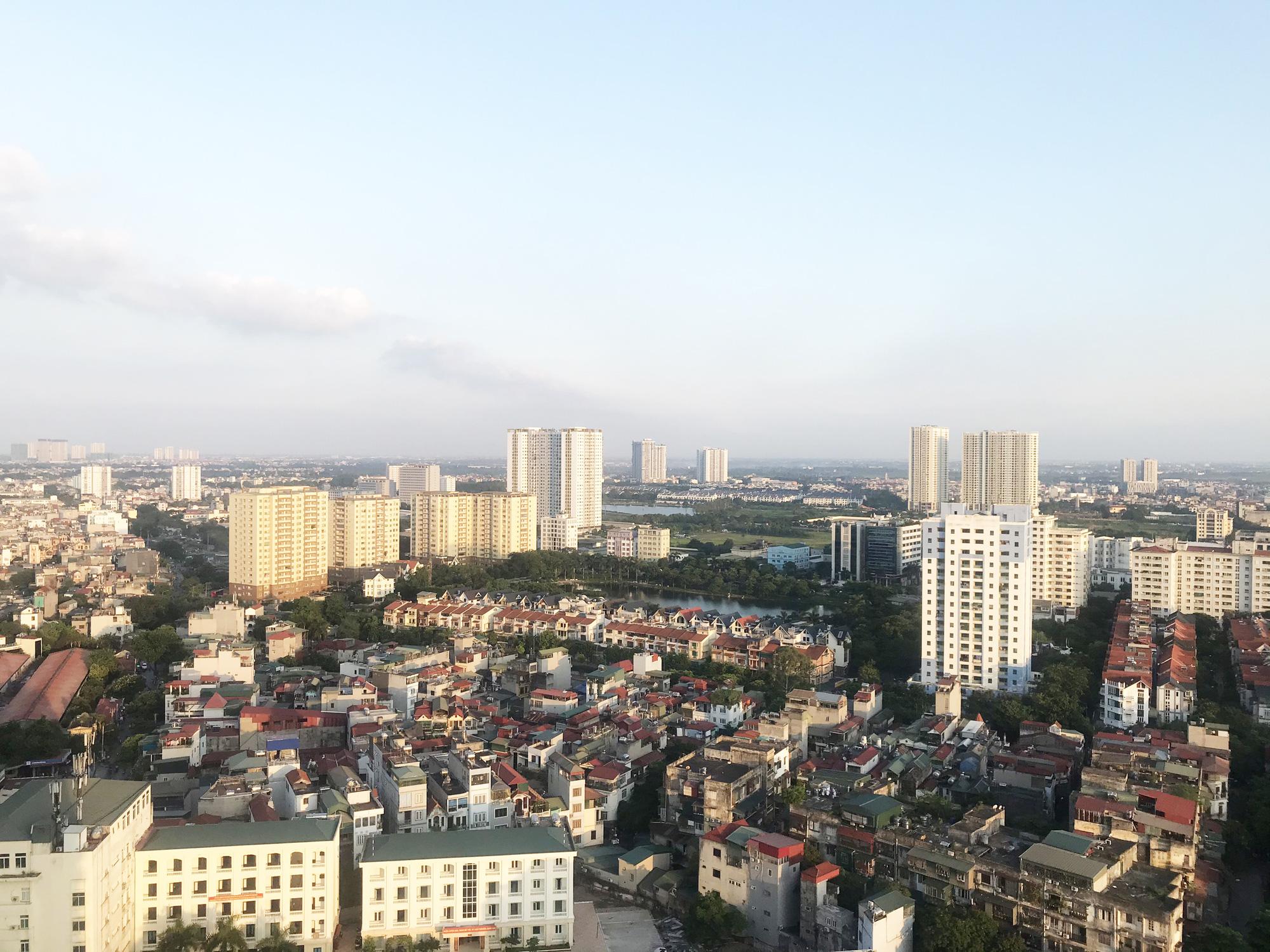 Chạy theo phong trào lúc sốt đất, nhiều nhà đầu tư Hà Nội đang phải bán cắt lỗ - Ảnh 1.