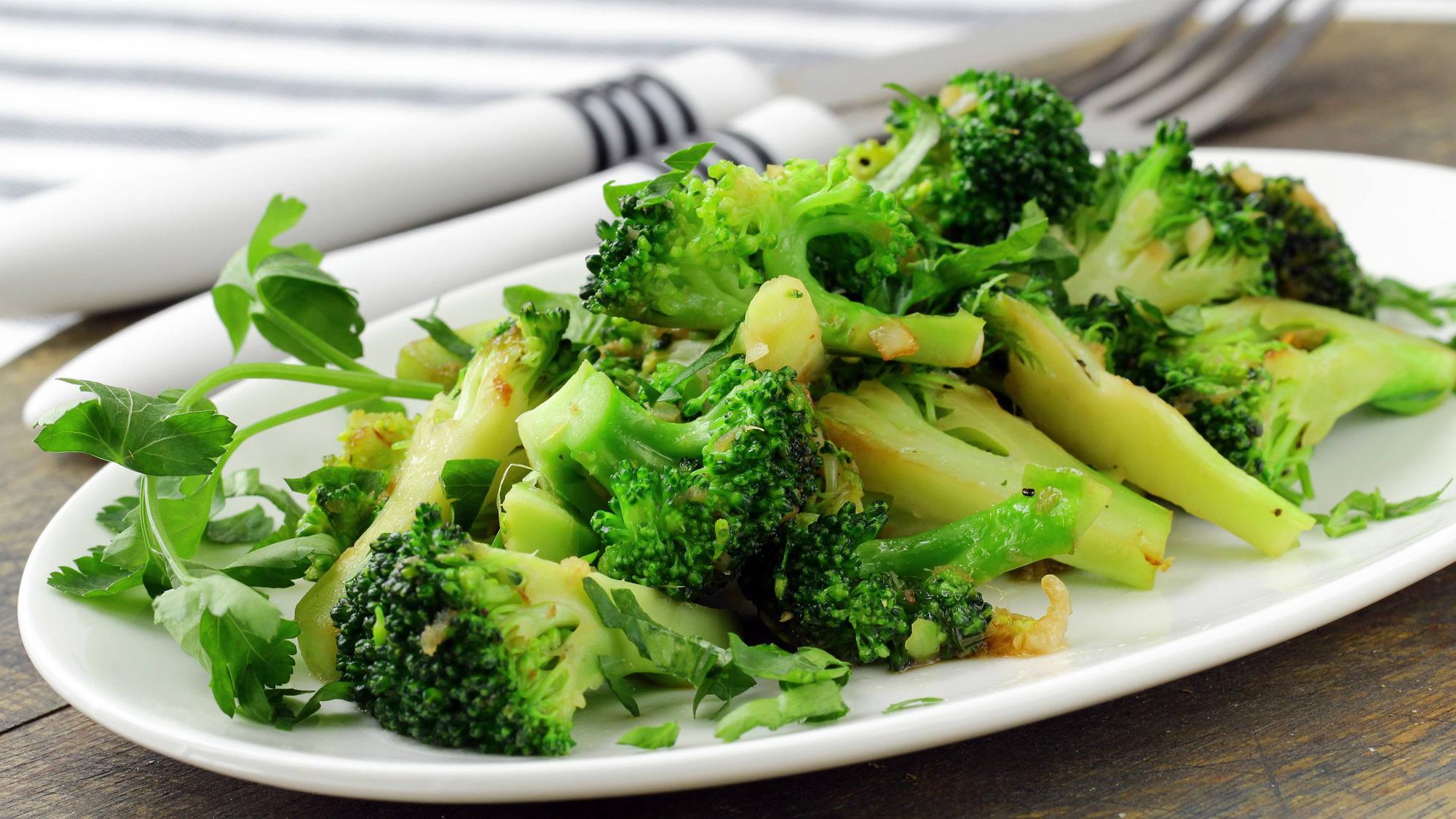 Gợi ý mâm cơm mùa dịch đầy dinh dưỡng, giúp bồi bổ cơ thể hiệu quả - Ảnh 3.