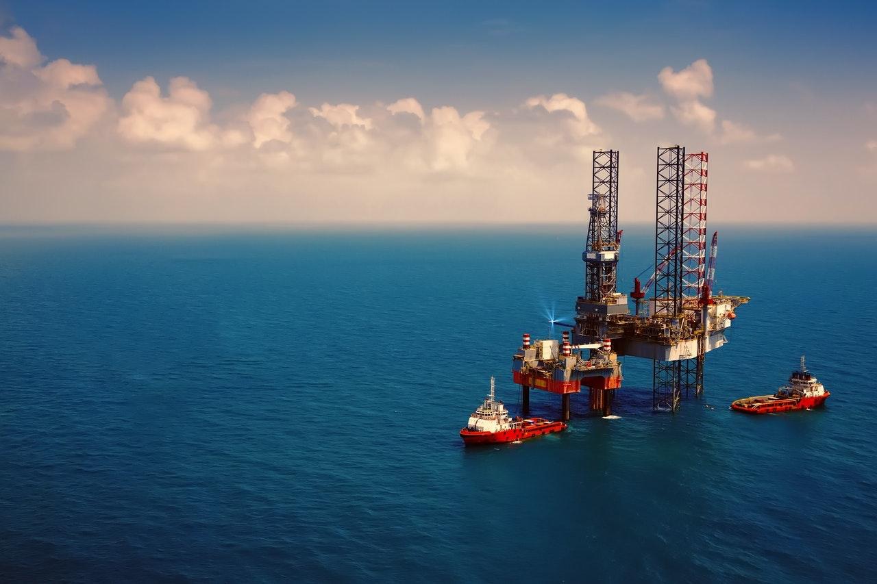 Giá xăng dầu hôm nay 23/7: Nhích nhẹ nhờ kỳ vọng thị trường sẽ phục hồi - Ảnh 1.