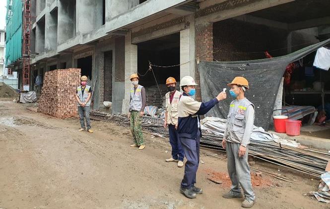 Dừng thi công tại các công trình xây dựng dân dụng tại Hà Nội - Ảnh 1.