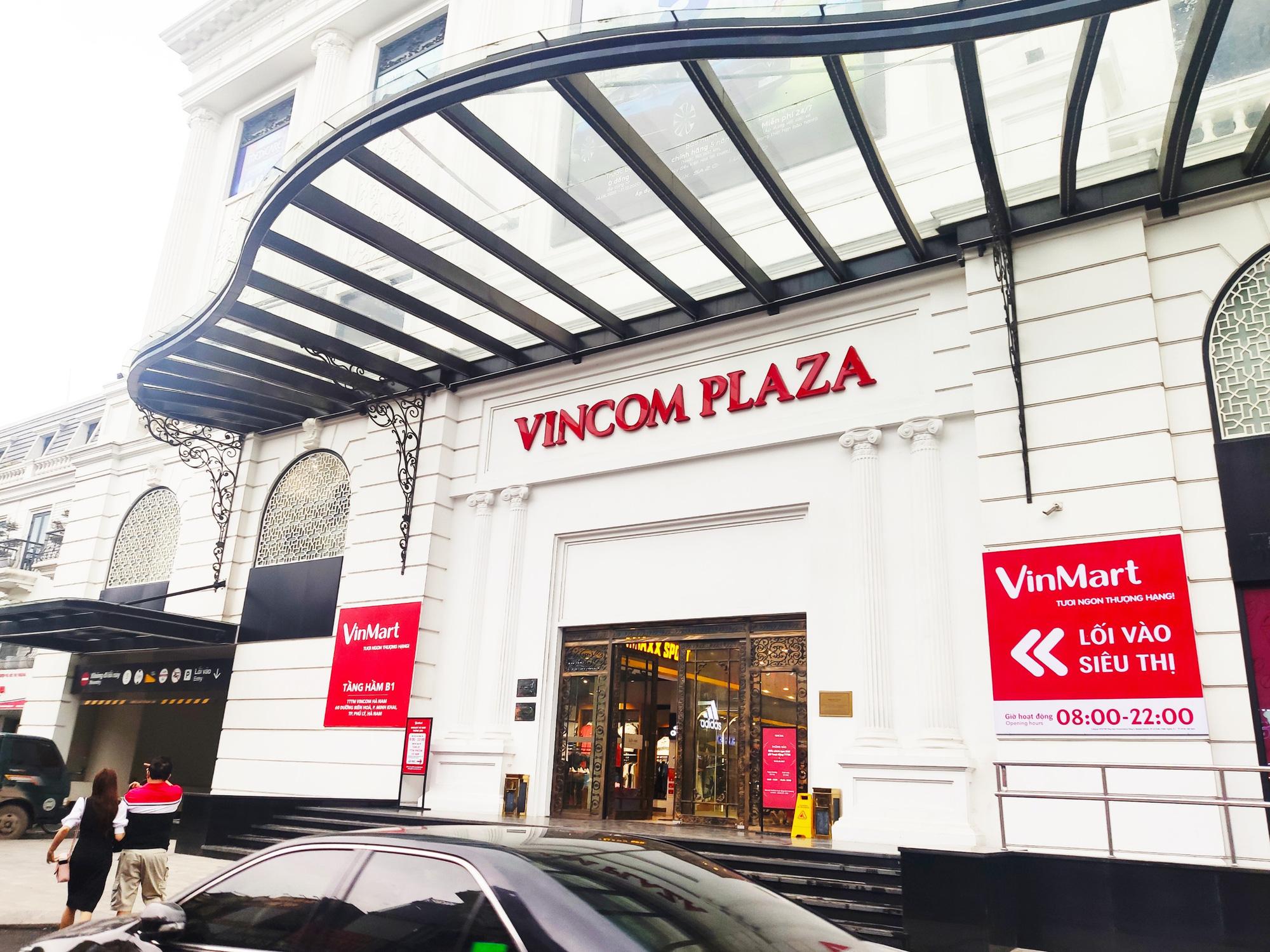 Vincom Retail báo lãi 6 tháng tăng 40%, giảm hơn 2.500 tỷ đồng nợ - Ảnh 1.