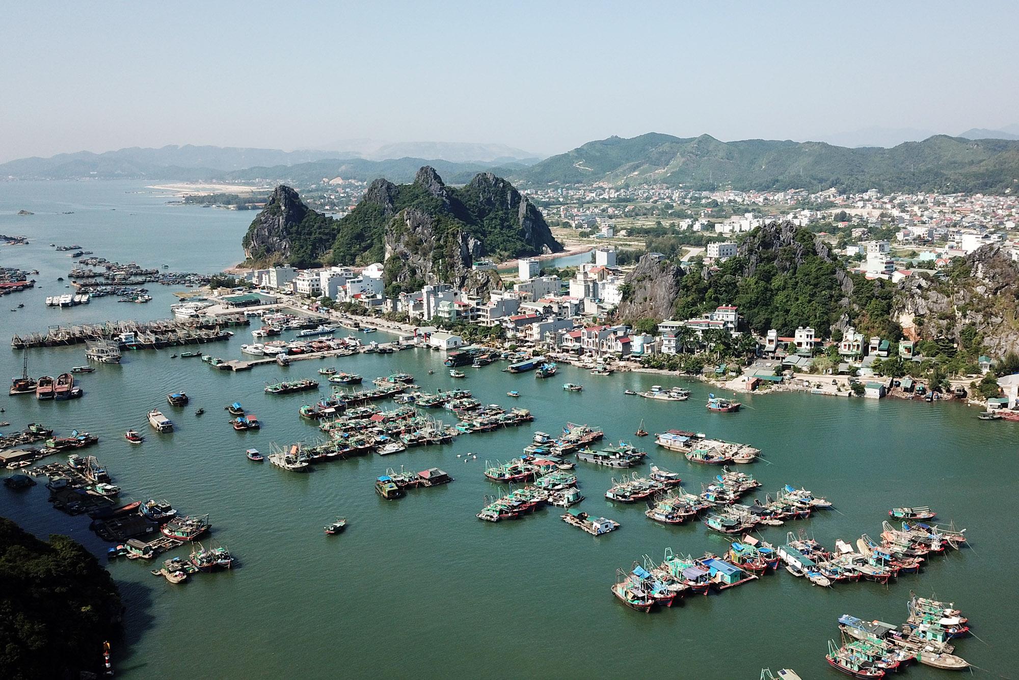 Quảng Ninh: Đầu tư 500 tỷ đồng bổ sung Cụm công nghiệp Vân Đồn vào quy hoạch  - Ảnh 1.