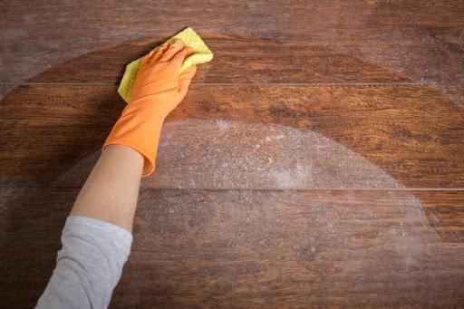 Gợi ý 5 cách làm sạch tường nhà bị bẩn nhanh chóng và hiệu quả - Ảnh 1.