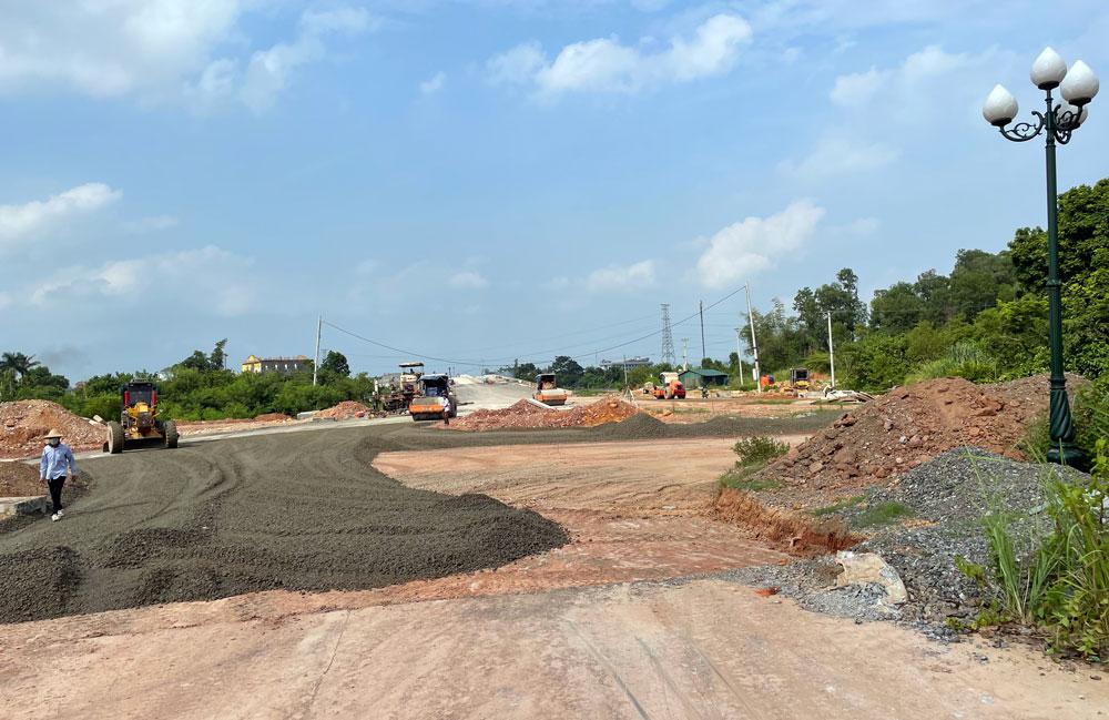 Đường Bắc Sơn nối cao tốc Thái Nguyên - Hà Nội tiếp tục lùi thời hạn hoàn thành - Ảnh 1.