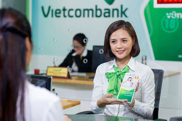 Lãi suất ngân hàng Vietcombank tháng 8/2021 không thay đổi - Ảnh 1.