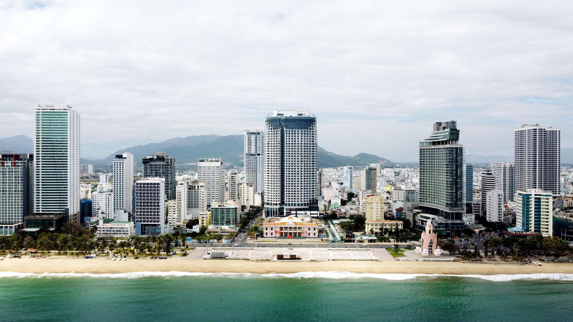 Khánh Hòa sẽ di dời ga Nha Trang và bổ sung bến du thuyền quốc tế trên đảo Hòn Tre - Ảnh 1.