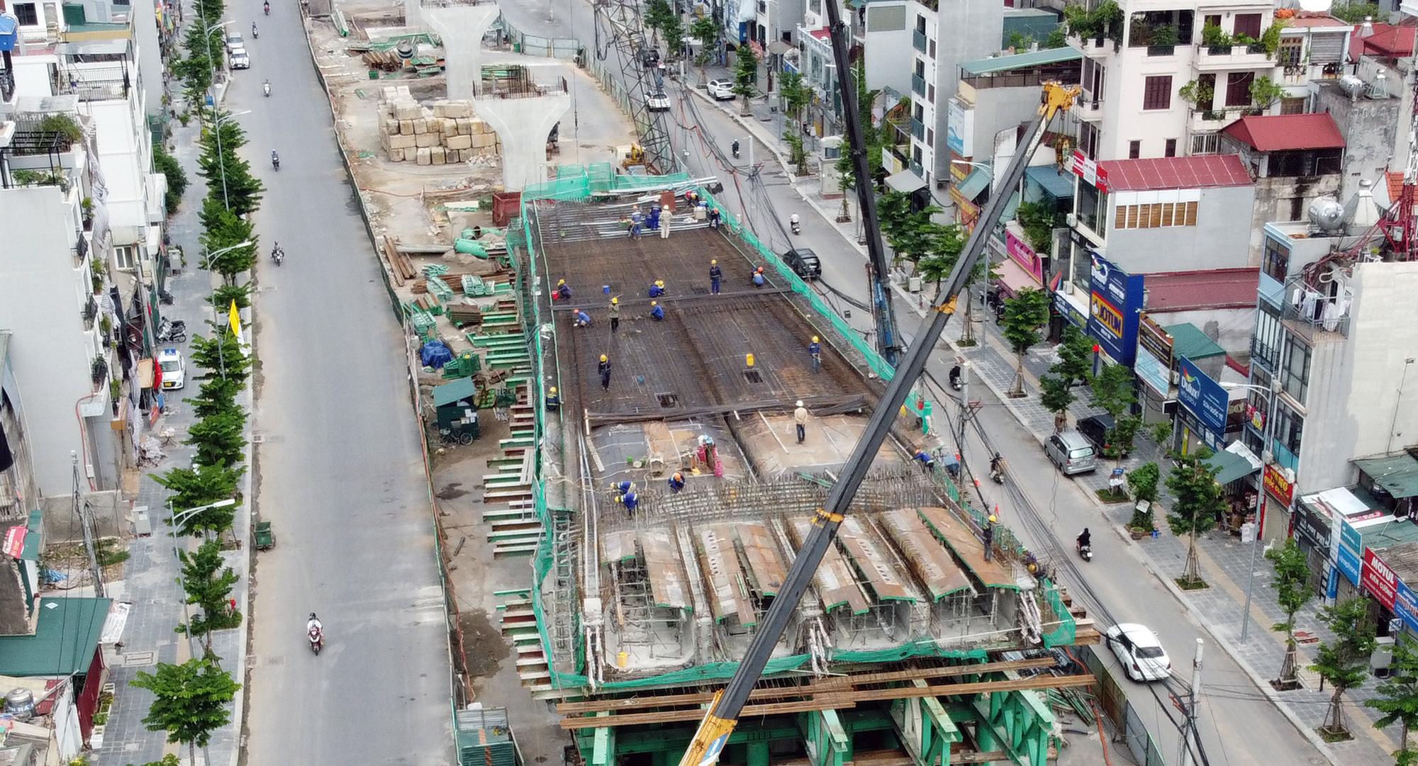 Hình ảnh dự án giao thông trọng điểm của Hà Nội thi công khi giãn cách xã hội - Ảnh 10.