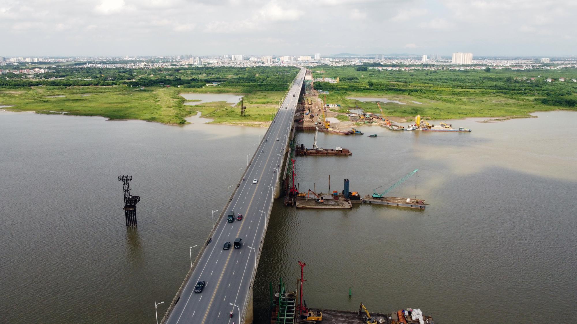 Hình ảnh dự án giao thông trọng điểm của Hà Nội thi công khi giãn cách xã hội - Ảnh 4.