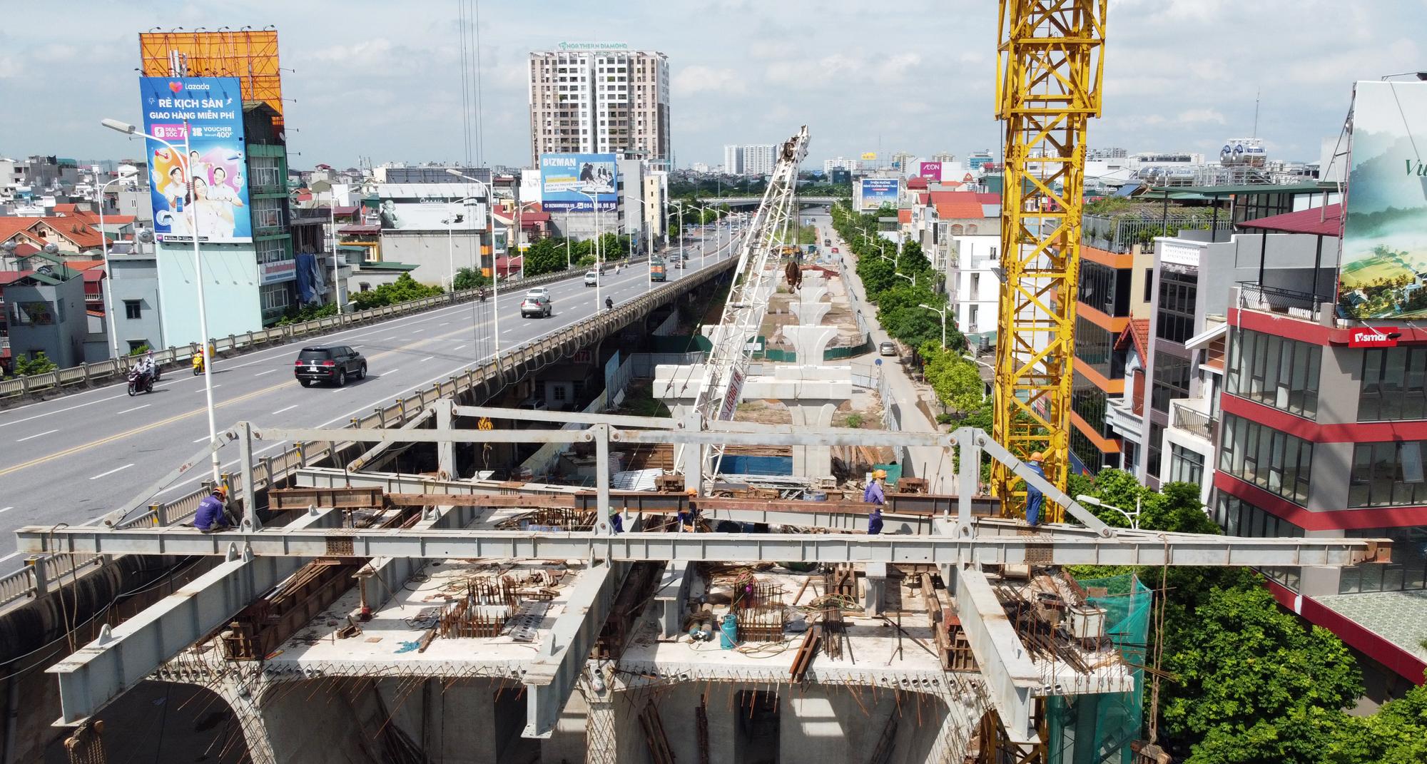 Hình ảnh dự án giao thông trọng điểm của Hà Nội thi công khi giãn cách xã hội - Ảnh 8.