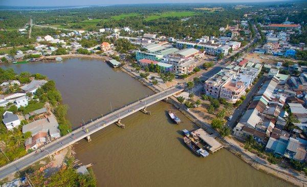 Gần 500 tỷ đồng làm đường Vành đai 1 qua huyện Vũng Liêm, Vĩnh Long  - Ảnh 1.