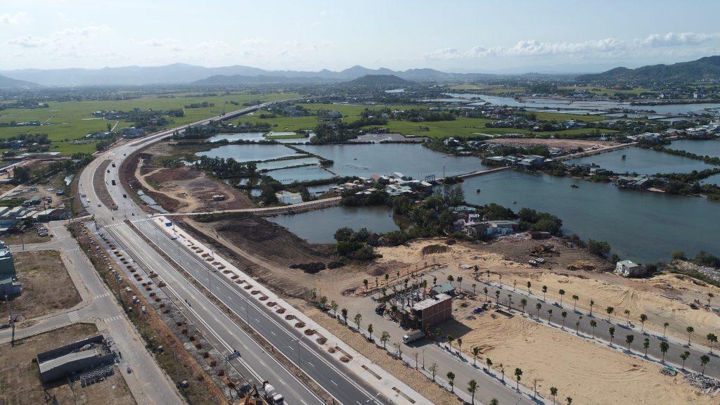Bình Định thu hồi 33.000 m2 đất không thuộc quy hoạch khu đô thị mới Chợ Góc để đấu giá - Ảnh 1.