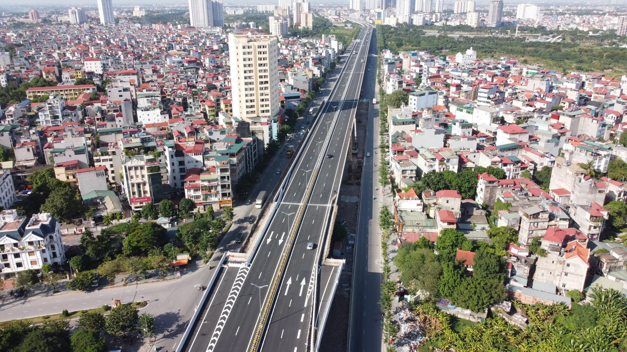 Hà Nội chi hơn 83.000 tỷ đồng vào 255 dự án giao thông, đầu tư nhiều tuyến vành đai và cầu - Ảnh 1.