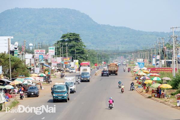 Đồng Nai muốn Chính phủ hỗ trợ hơn 4.100 tỷ đồng làm hai đường nối sân bay Long Thành - Ảnh 1.
