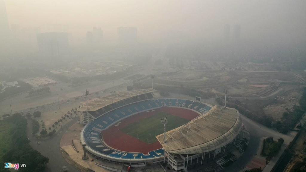 Hà Nội mù mịt trong ngày chỉ số ô nhiễm không khí cao kỉ lục - Ảnh 11.