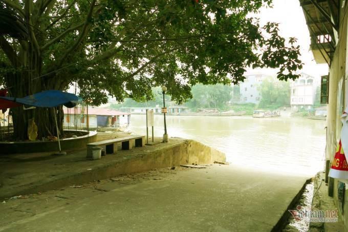 Lão gia giàu nứt vách ẩn mình trong ngôi làng cổ 800 tuổi ở Bắc Giang - Ảnh 2.